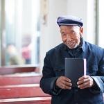 Till slut hittar Bibeln fram till sin läsare.